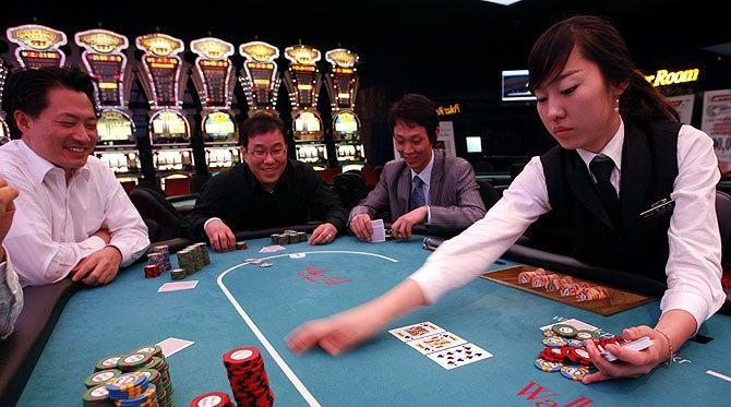 Во вьетнаме есть казино играть в карты майнкрафт скачать